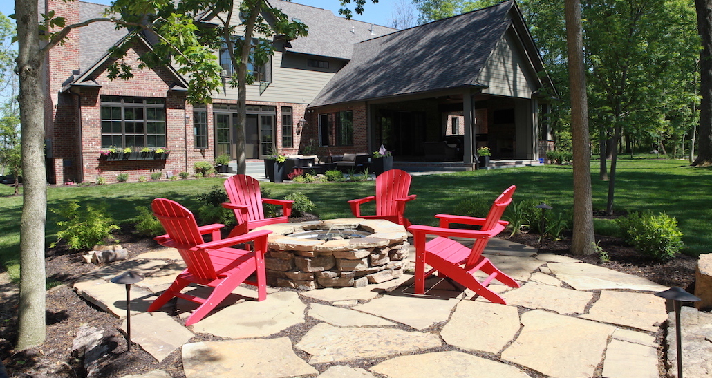 Custom fire pit lounge patio | Hittle Landscaping