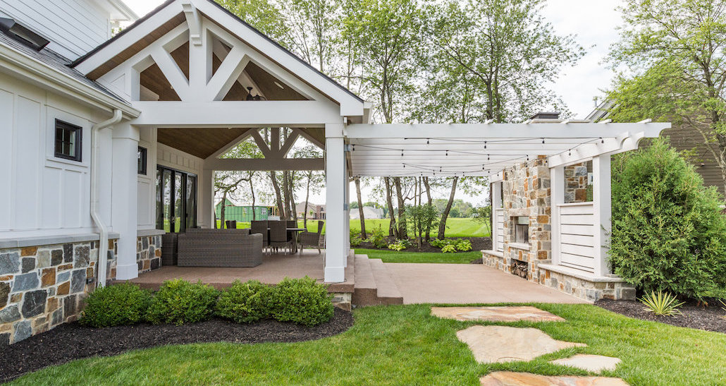 Backyard patio oasis for entertaining   Hittle Landscaping