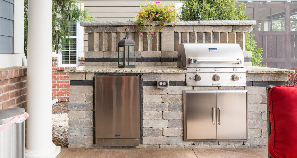 Stone and brick barbecue design | Hittle Landscaping